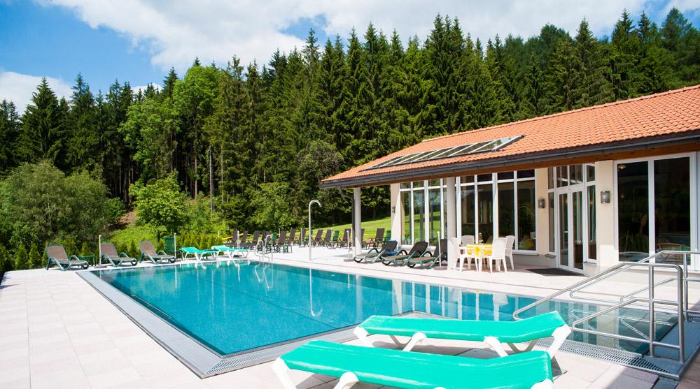 Golf In Bodenmais Bayerischer Wald Wellnesshotel Bohmhof Golfplatz